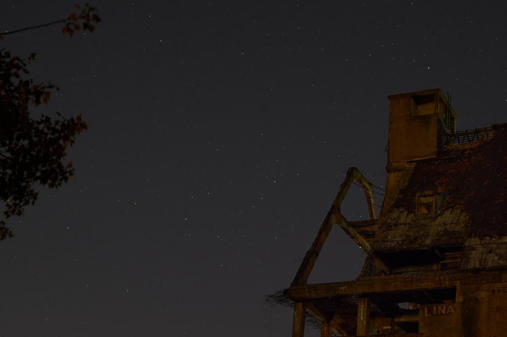 Lindenauer Hafen bei Nacht